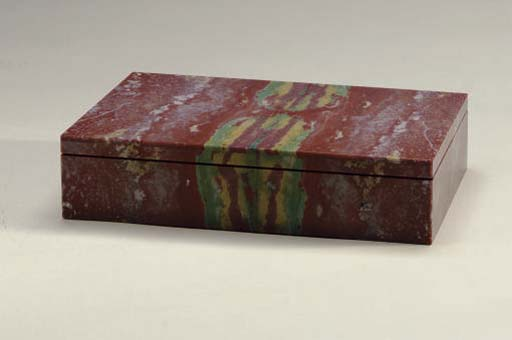 A JASPER BOX WITH HINGED COVER,