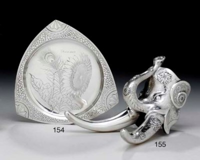 A SILVER ELEPHANT-FORM FITTING