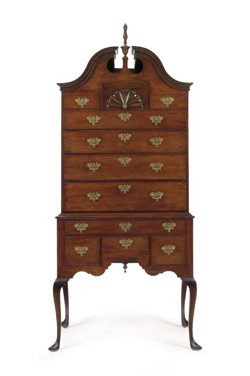 A CHIPPENDALE MAHOGANY HIGH CH