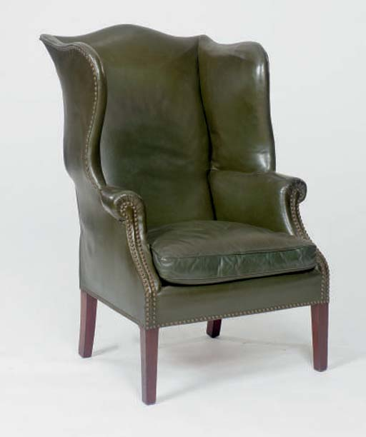 A GEORGE III STYLE MAHOGANY CL