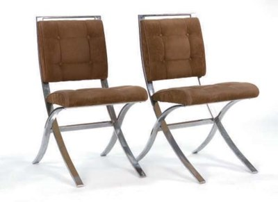 A SET OF EIGHT CONTEMPORARY BR
