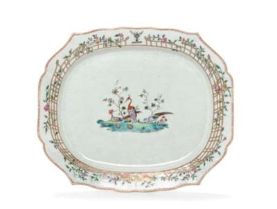 A LARGE MEISSEN STYLE CRESTED