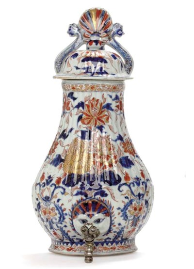 A CHINESE IMARI CISTERN AND CO
