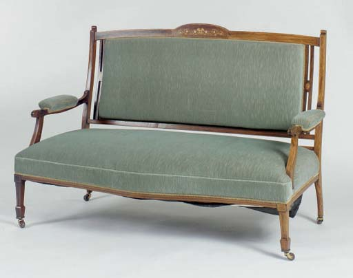 AN AESTHETIC STYLE UPHOLSTERED