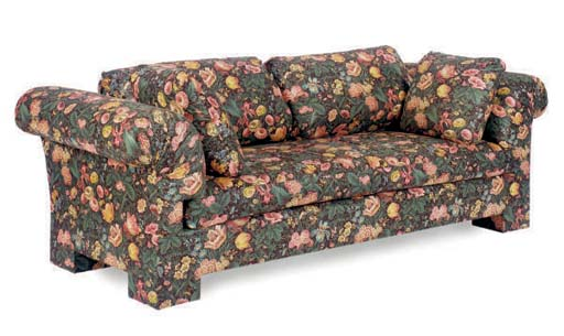 A CHINTZ UPHOLSTERED SETTEE,