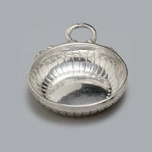 A GROUP OF THREE FRENCH SILVER