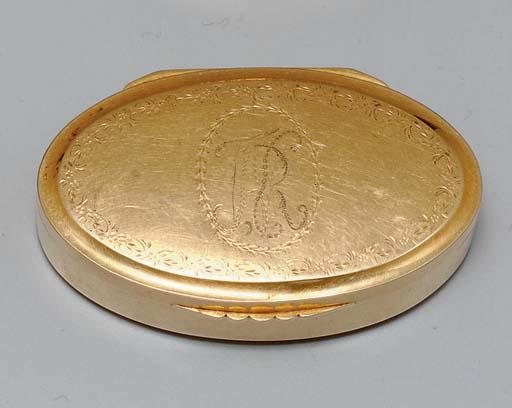 A MEXICAN GOLD SNUFF BOX