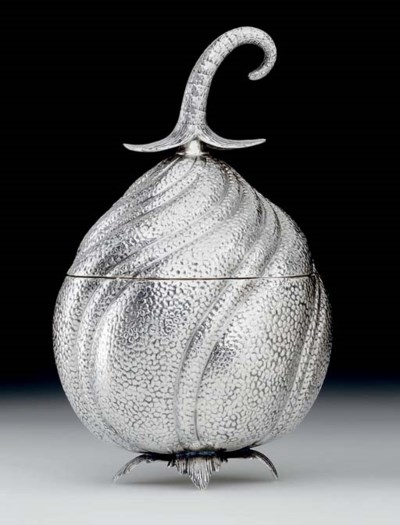 AN ITALIAN SILVER COVERED BOWL