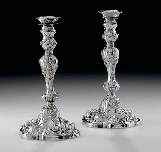 A PAIR OF GEORGE II IRISH SILV