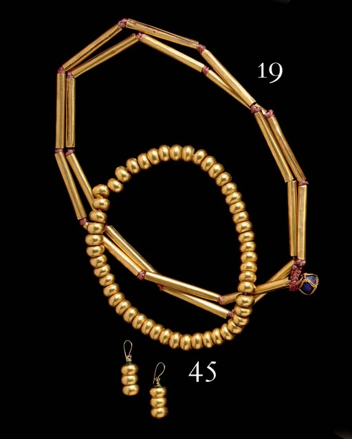 COCLE GOLD BEAD NECKLACE