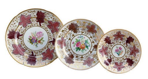 FIVE RUSSIAN PORCELAIN PLATES,