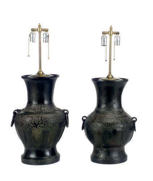A PAIR OF CHINESE BRONZE JARS