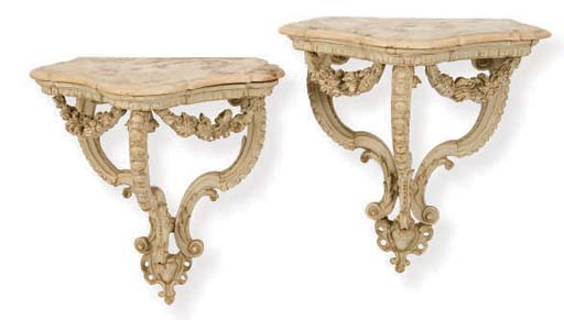 A PAIR OF ITALIAN CARVED AND W