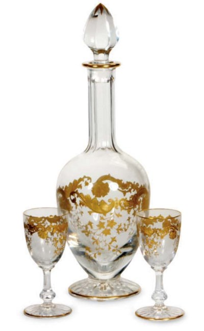 A FRENCH GILT GLASS DECANTER A