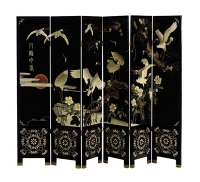 A CHINESE BLACK LACQUERED AND