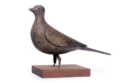 AN EARLY PIGEON DECOY