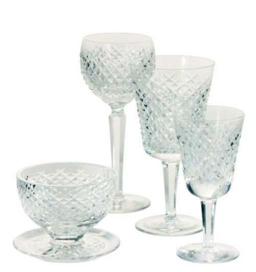 AN AMERICAN CUT GLASS PART STE