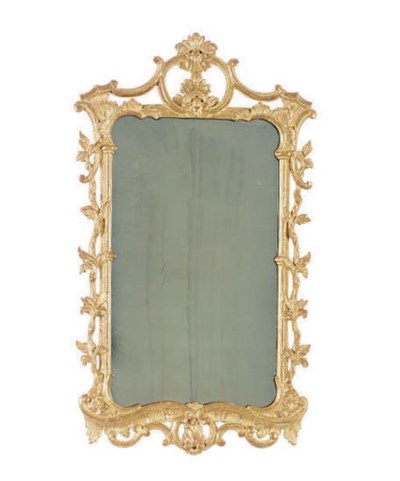 AN ENGLISH GILTWOOD MIRROR WIT