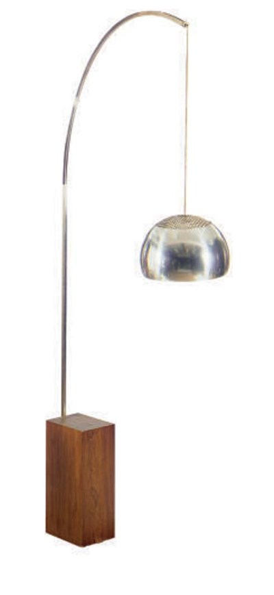 AN 'ARCO' FLOOR LAMP,