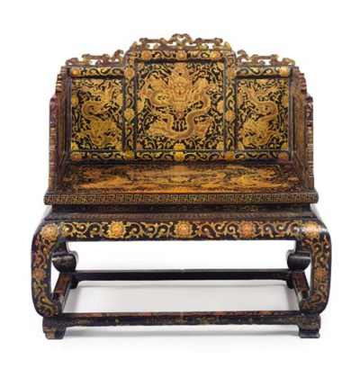 A RARE IMPERIAL GILT-LACQUERED