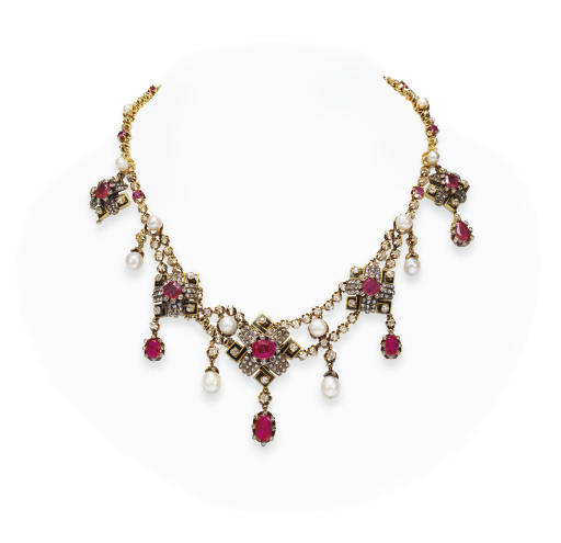 AN ANTIQUE RUBY, DIAMOND AND BLACK ENAMEL NECKLACE
