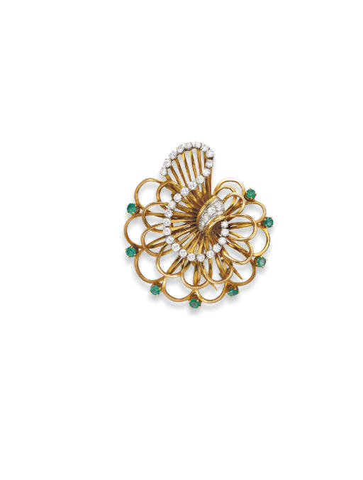 A RETRO DIAMOND, EMERALD AND GOLD BROOCH, BY BOUCHERON