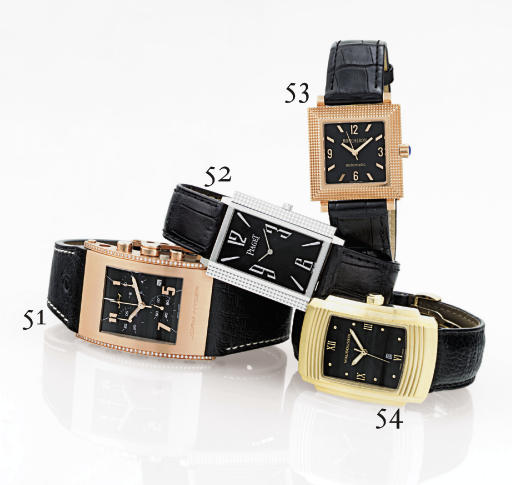 BOUCHERON.  AN 18K PINK GOLD SQUARE AUTOMATIC WRISTWATCH