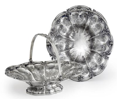 A PAIR OF FRENCH SILVER CAKE B