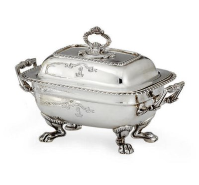 A REGENCY SILVER COVERED SAUCE