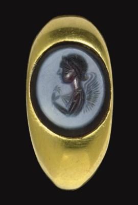 A ROMAN NICOLO RING STONE