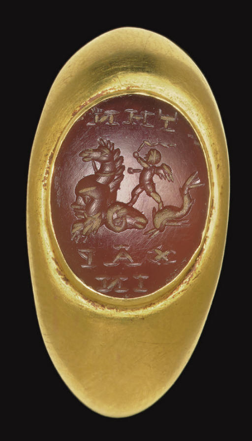 A ROMAN GOLD AND CARNELIAN FIN