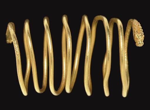 A ROMAN GOLD RING