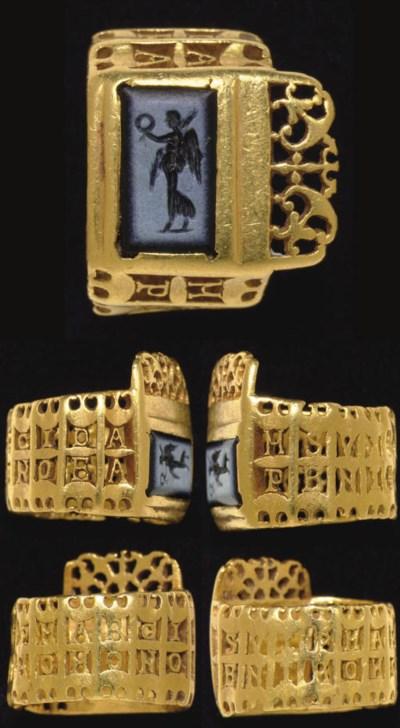 A LATE ROMAN GOLD AND NICOLO K