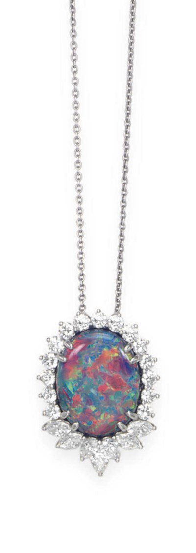 AN OPAL AND DIAMOND NECKLACE,