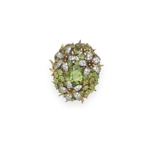 A PERIDOT AND DIAMOND