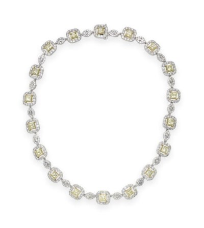 A COLORED DIAMOND NECKLACE