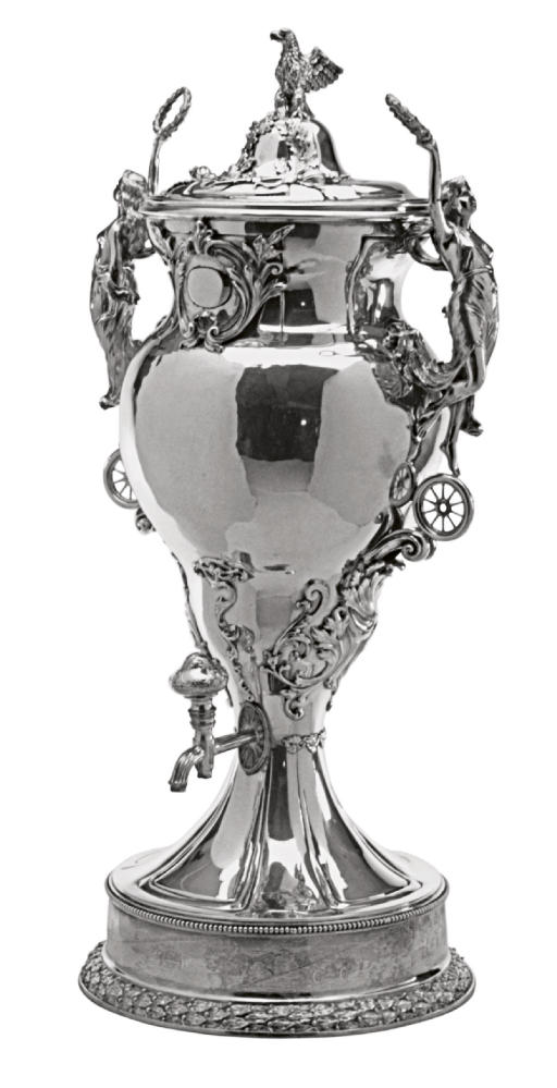 A LARGE AMERICAN SILVER TEA URN AND COVER,