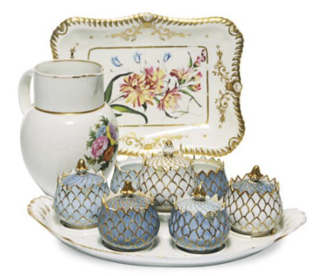 A GROUP OF ENGLISH PORCELAIN W