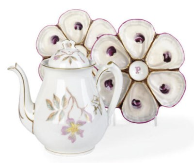 A FRENCH PORCELAIN PART TEA SE