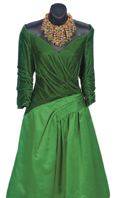 A SCAASI BOUTIQUE KELLY GREEN