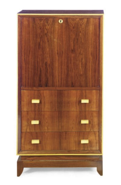 A ROSEWOOD AND SYCAMORE SECRET