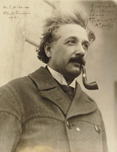 EINSTEIN, Albert. Photograph i
