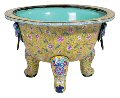 A LARGE CHINESE PAINTED ENAMEL