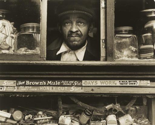 Harlem Merchant, New York, 1937