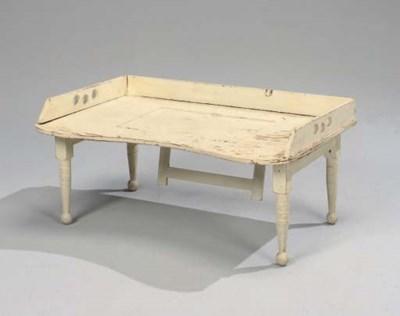 TABLE DE PETIT DEJEUNER