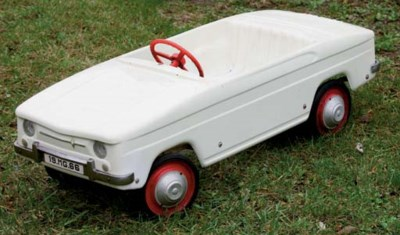 M.G . - Renault R8 - Circa 196