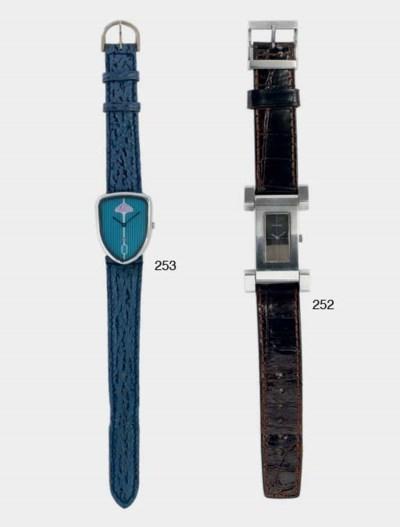 Delahaye; une montre décorativ
