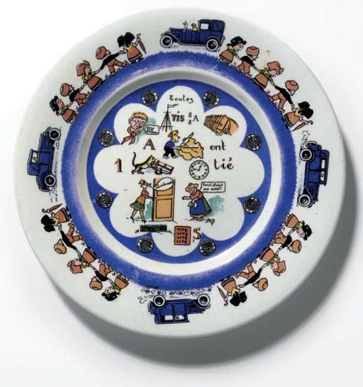 Mathis; une grande assiette pu
