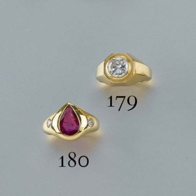 ANELLO IN ORO CON BRILLANTE, F