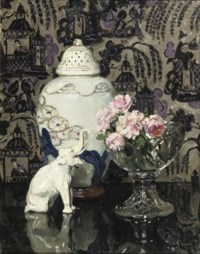 Still life with porcelain elephant and roses in a glass bowl